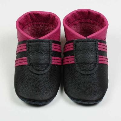 sporti in schwarz-pink, babyschuhe, krabbelschuhe von der lederscheune